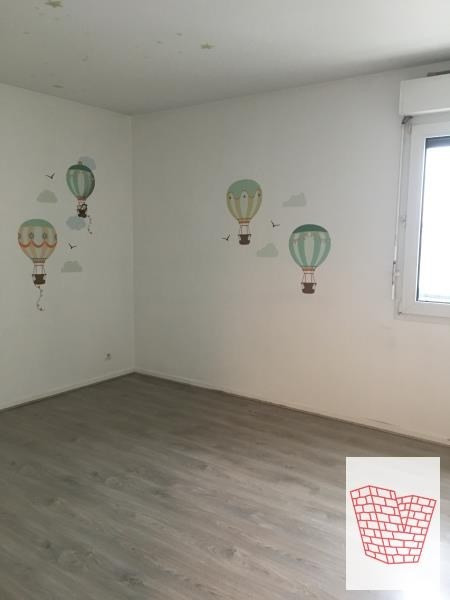 Sale apartment Courbevoie 555000€ - Picture 4