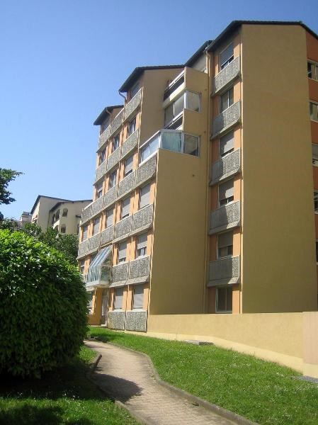 Location appartement Villefranche sur saone 595,92€ CC - Photo 1