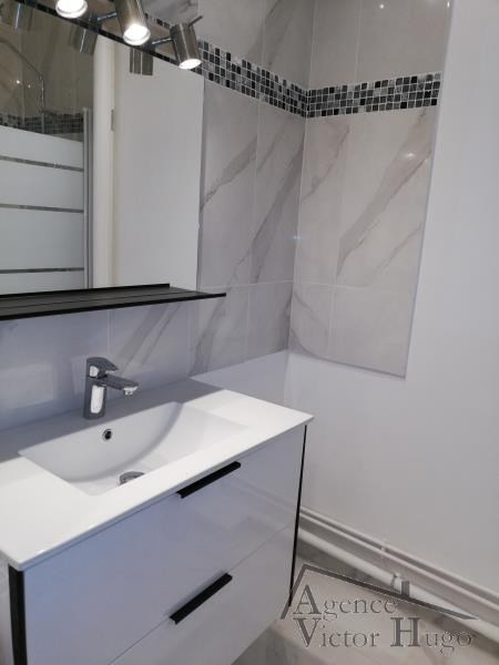 Location appartement Rueil malmaison 1 430€ CC - Photo 3