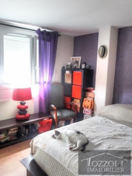 Sale house / villa St quentin fallavier 205000€ - Picture 8