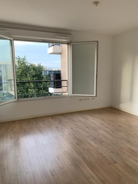Location appartement Creteil 600€ CC - Photo 2