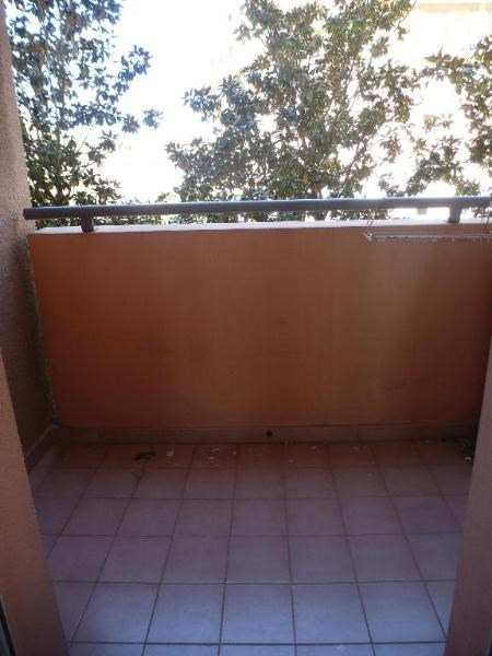 Location appartement Aix en provence 825€ CC - Photo 2