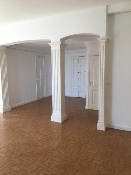 Alquiler  apartamento Toulon 980€ CC - Fotografía 1