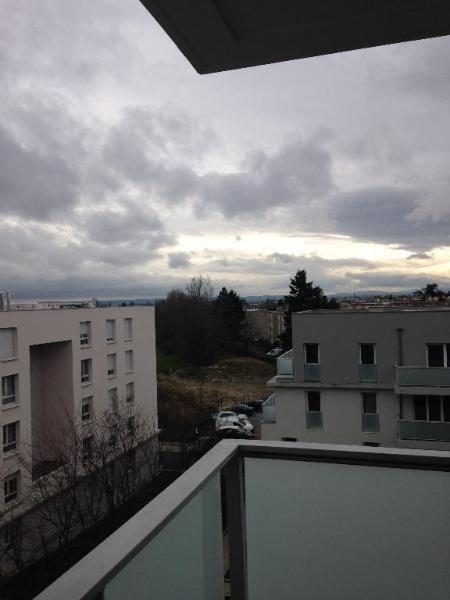 Rental apartment Bron 870€ CC - Picture 9