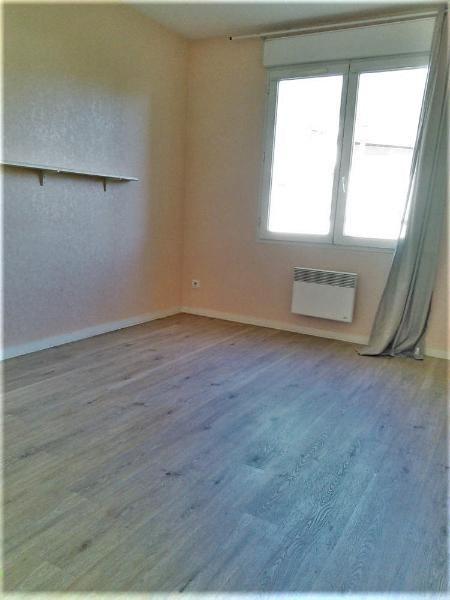 Location appartement La tronche 958€ CC - Photo 8
