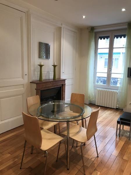 Rental apartment Lyon 6ème 882€ CC - Picture 1