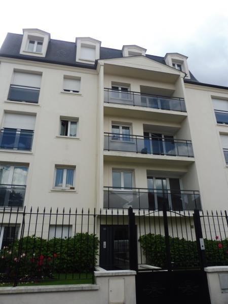 Rental apartment Villemomble 785€ CC - Picture 1