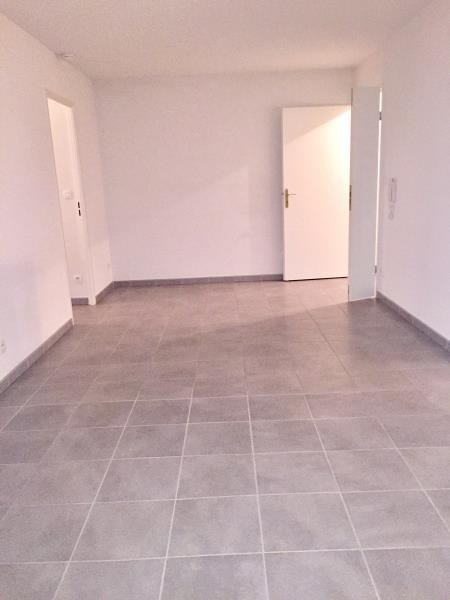 Rental apartment Vic en bigorre 550€ CC - Picture 1