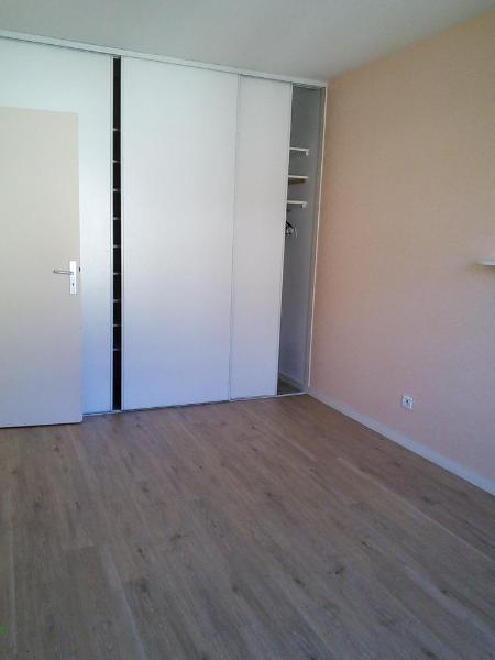 Location appartement La tronche 958€ CC - Photo 9