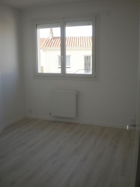Location appartement Chateau d olonne 790€ CC - Photo 8