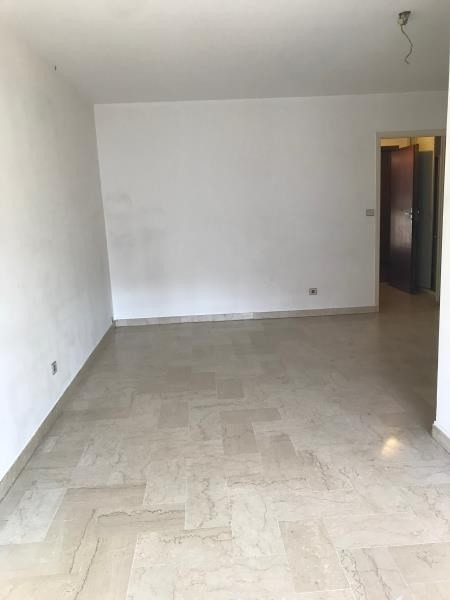 Location appartement Annecy 881€ CC - Photo 4