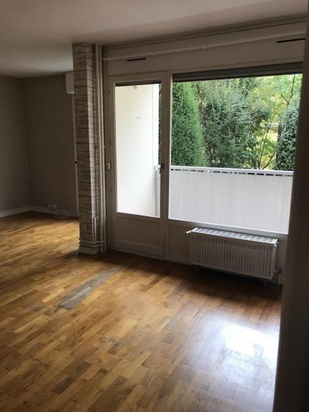 Alquiler  apartamento Ste foy les lyon 815€ CC - Fotografía 1