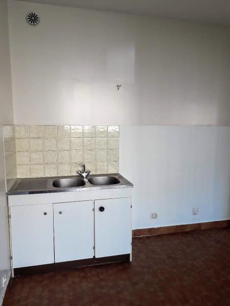 Sale apartment Vichy 59950€ - Picture 2