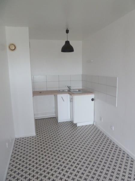 Rental apartment Andresy 745€ CC - Picture 2