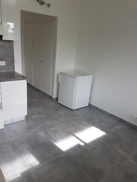 Sale apartment Vallauris 125 000€ - Picture 3