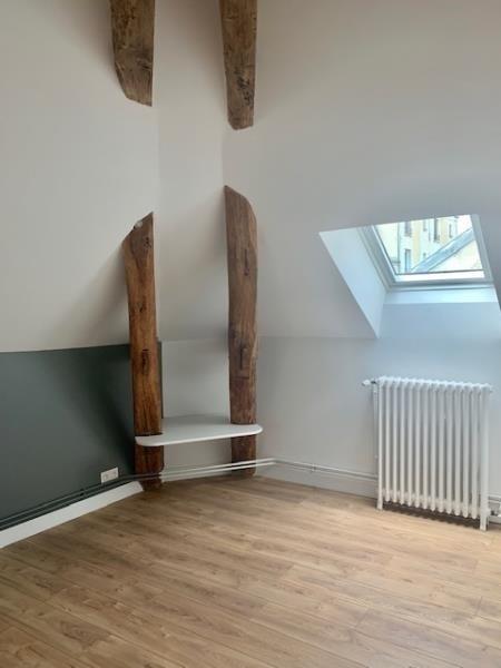 Rental apartment Fontainebleau 1095€ CC - Picture 3