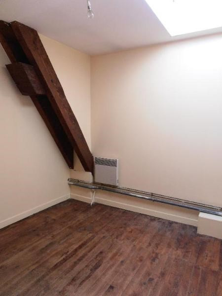 Rental apartment St martin du fresne 327€ CC - Picture 2