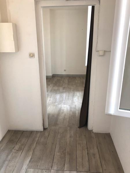 Sale apartment Peypin 110000€ - Picture 4