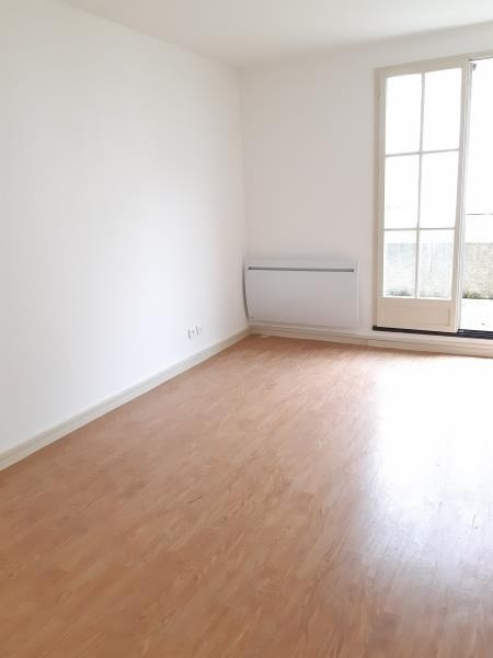Rental apartment Compiegne 740€ CC - Picture 3