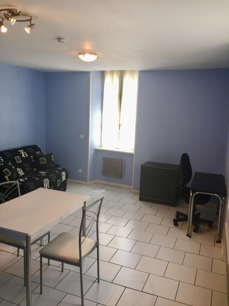 Location appartement Tarbes 330€ CC - Photo 1