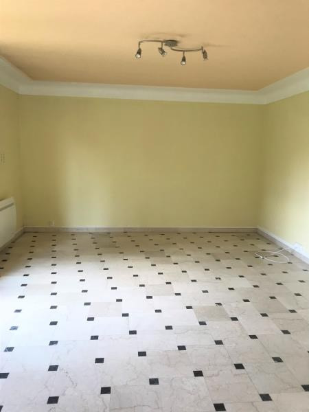 Locação apartamento Limours 930€ CC - Fotografia 2