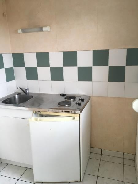 Rental apartment Vendome 445€ CC - Picture 3