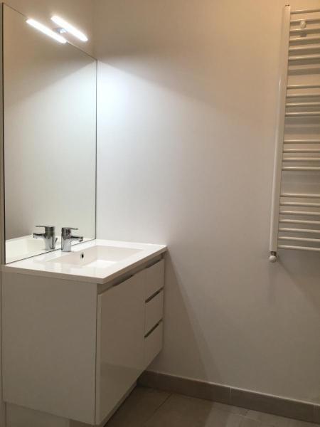 Location appartement Aix en provence 917€ CC - Photo 8