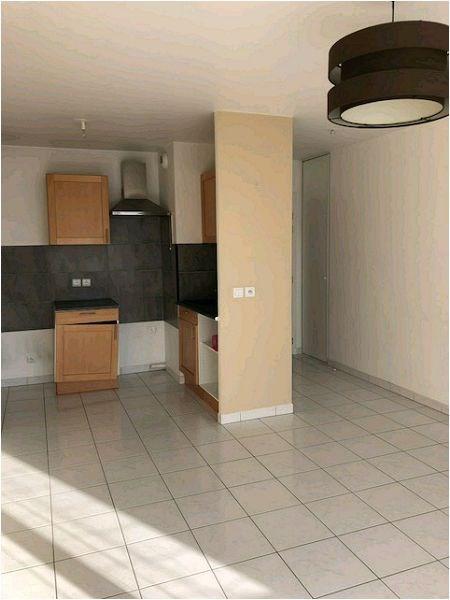 Location appartement Vigneux sur seine 716€ CC - Photo 2