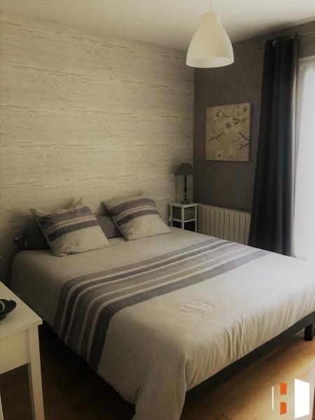 Sale house / villa St germain du puch 399000€ - Picture 4