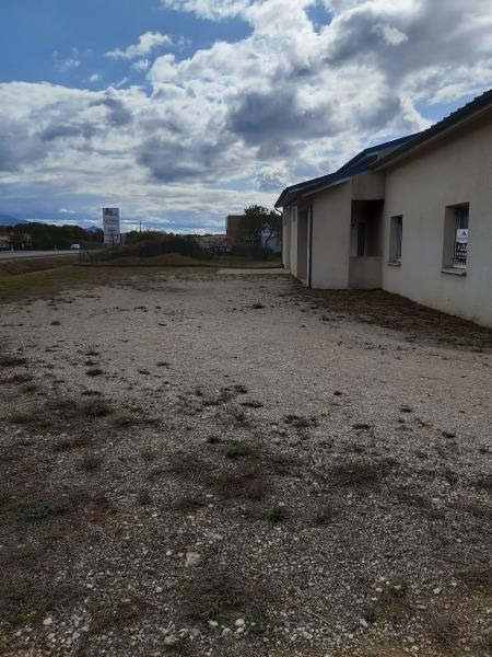 Location local commercial Chabeuil 1500€ HT/HC - Photo 2