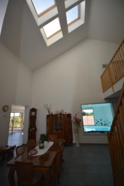 Deluxe sale house / villa Hieres sur amby 550000€ - Picture 3