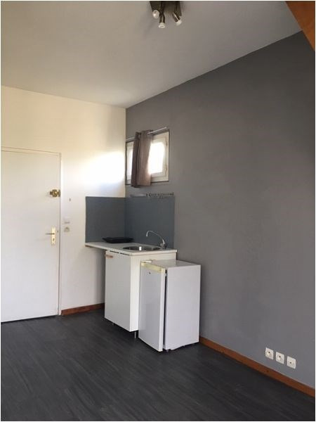 Rental apartment Montgeron 640€ CC - Picture 1