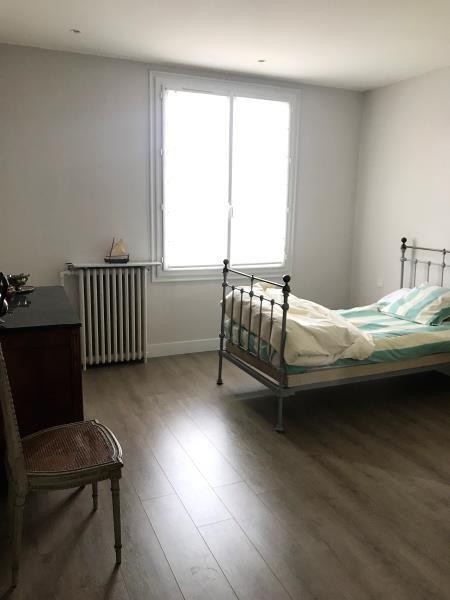 Sale house / villa Saint pierre montlimart 272900€ - Picture 6