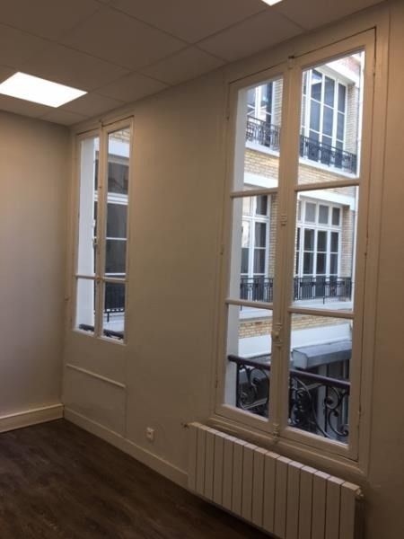 Location bureau Paris 10ème 10 000€ HT/HC - Photo 12