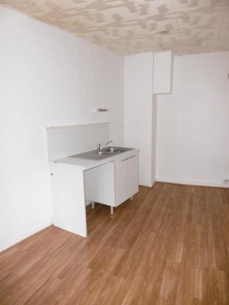 Location appartement Pontcharra / turdine 395€ CC - Photo 2