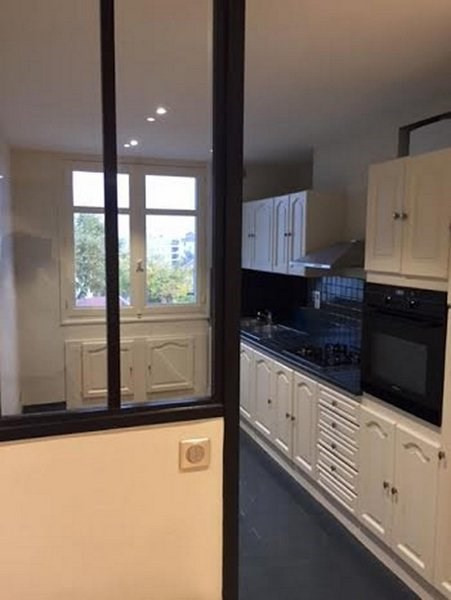Venta  apartamento Lyon 8ème 233000€ - Fotografía 3