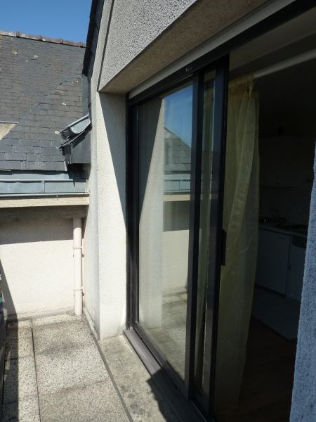 Rental apartment Pontivy 340€ CC - Picture 2