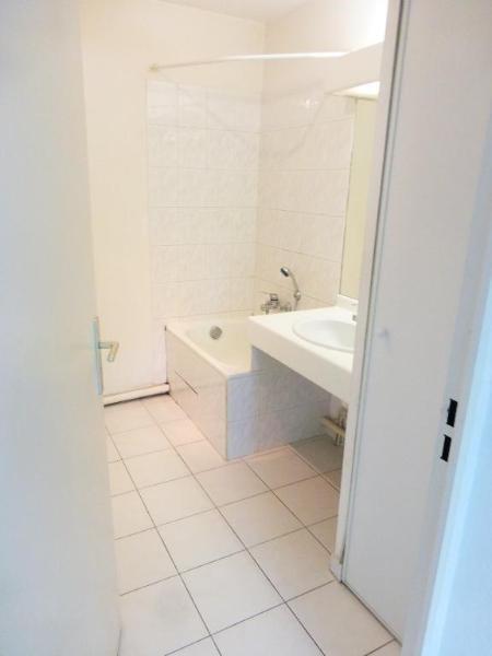 Location appartement Aix en provence 584€ CC - Photo 3