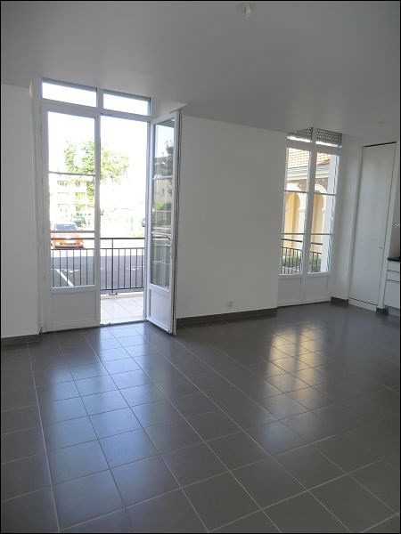 Rental apartment Viry chatillon 629€ CC - Picture 3