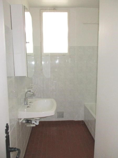 Location appartement Fontaine 600€ CC - Photo 10