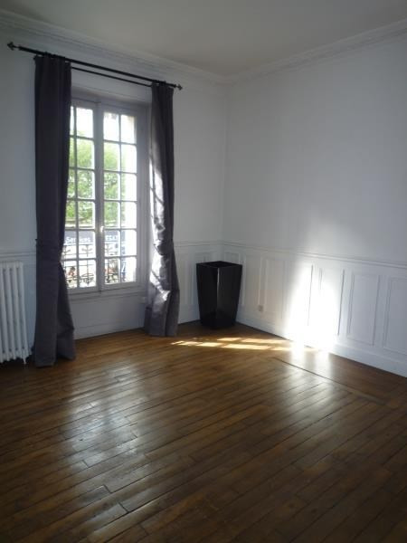 Rental apartment Le raincy 820€ CC - Picture 3