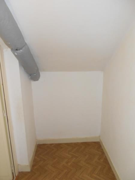 Rental apartment Vendome 525€ CC - Picture 10