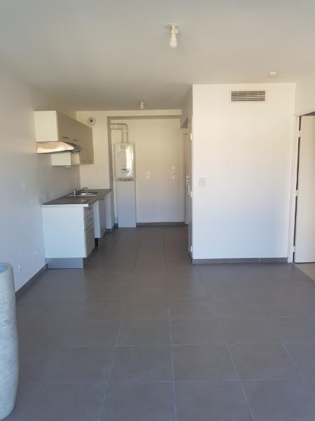 Rental apartment Vernaison 535€ CC - Picture 2