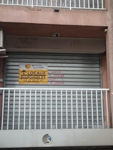 Alquiler  tienda Rousset 490€ CC - Fotografía 4