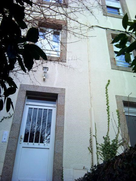 Sale building Brest 243 800€ - Picture 1