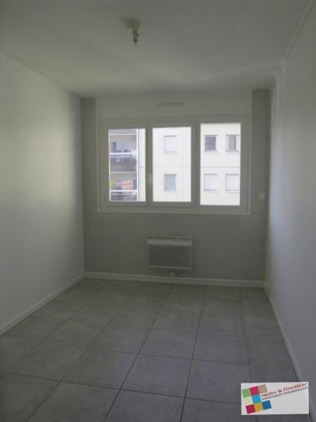 Rental apartment Cognac 570€ CC - Picture 1