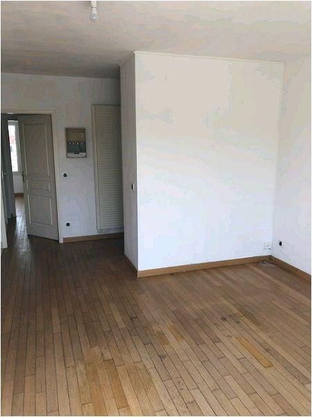 Location appartement Crosne 880€ CC - Photo 3