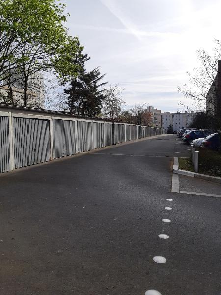 Location parking Aubervilliers 80€ CC - Photo 1