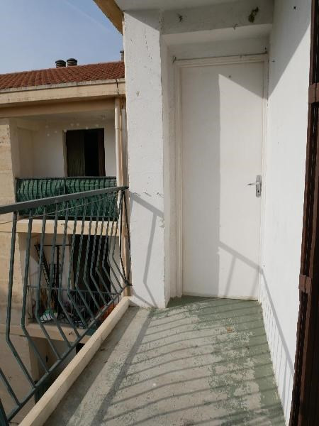 Rental apartment Aix en provence 809€ CC - Picture 2