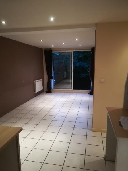 Location appartement Ste colombe 567€ CC - Photo 2